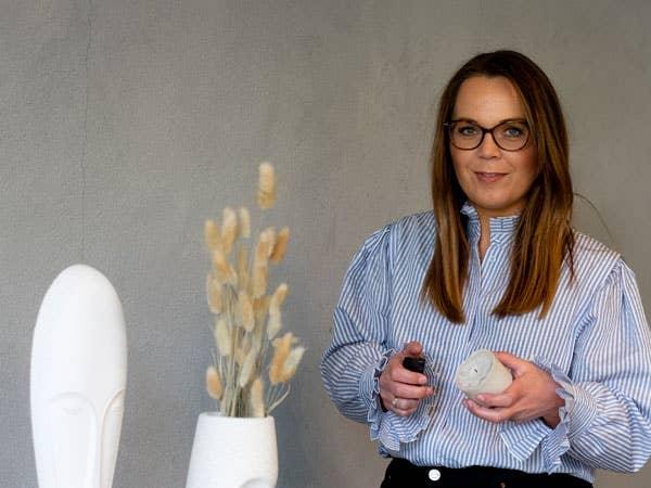 Kjersti Rostad og de andre i Møbelringen har mange tips på lager om du trenger hjelp til å innrede smart på liten plass.