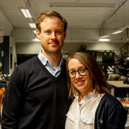 Iselin og Fredrik driver Møbelringen Math. Lande sammen, og at han var med på laget var en forutsetning for at Iselin skulle takke ja til å ta over driften.