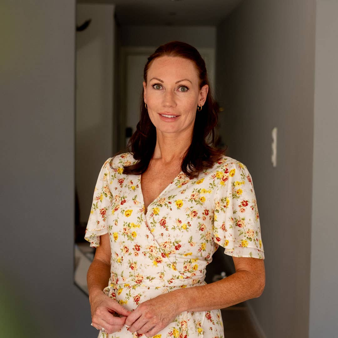 Marie Malén arbeider som eiendomsmegler og ser mange gjennomstylede hus på jobb – hjemme vil hun at møbler og interiør skal passe familiens behov og deres liv.