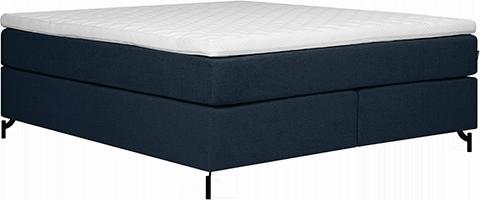 Du skal ikke nødvendigvis ha en hard seng om du har ryggplager. Når du skal teste en ny madrass, bør du kjenne etter om ryggen blir så rett som mulig, og at skulder og hofte kommer godt ned i madrassen.
