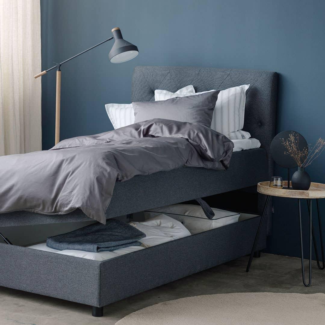 North® Beds Frøya rammeseng med smart oppbevaring | Nice teppe