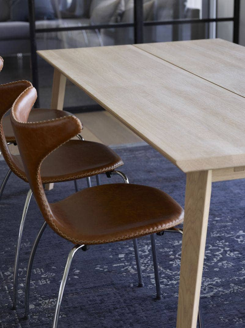 Vannerup Møbelfabrikk møbler i massivt tre | Verket Interiør